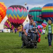 niepełnosprawni balon